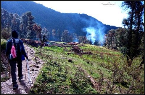 Walking into Tol Pani village