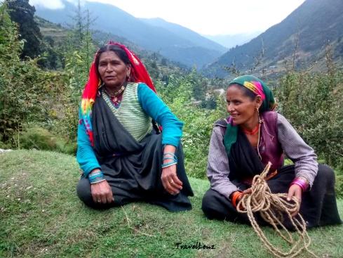 Smt Usha Devi (left)